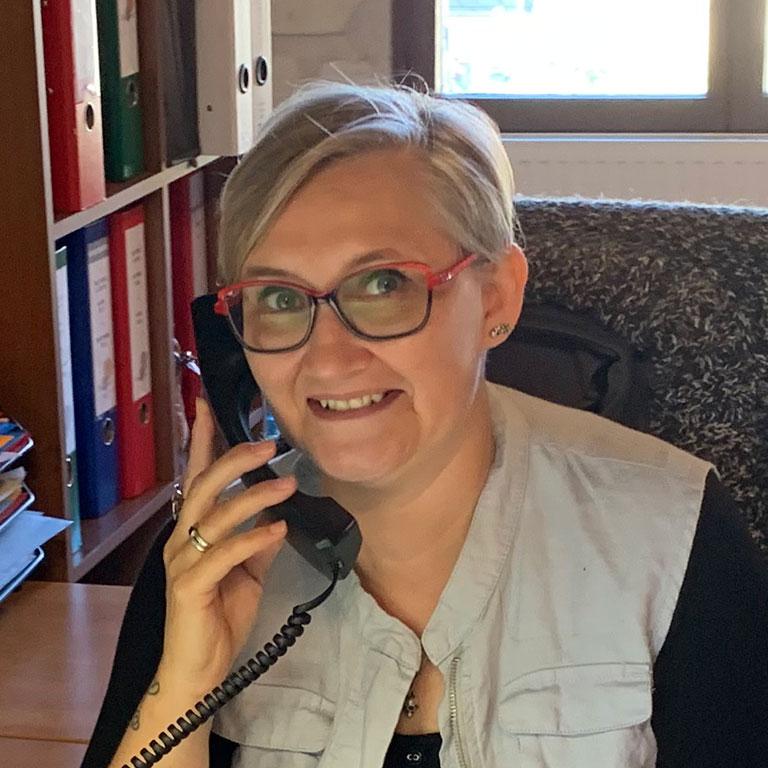 Isabelle CHARLES administration des ventes
